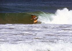Mexico surfer (Photo: iStockPhoto/kyle george)