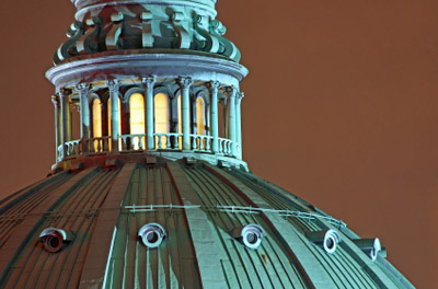 Montreal - Dome of the Mary Queen of the World Cathedrale (Photo: iStockPhoto/Sven Klaschik)