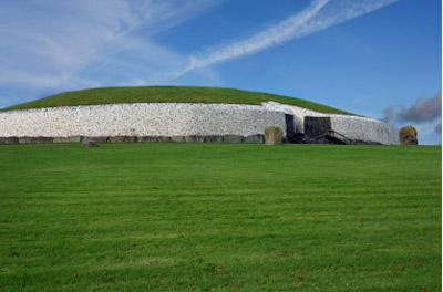 Ireland: Newgrange Tomb
