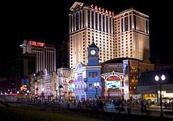 Atlantic City boardwalk (Photo: Atlantic City Convention & Visitors Authority)