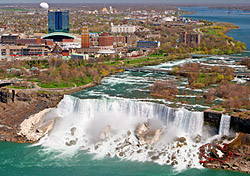 View of American Falls, Niagra Falls, New York (Photo: Tony Tremblay/iStockPhoto.com)