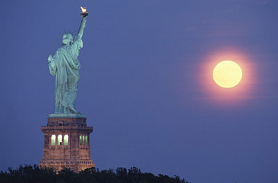 New York City, NY - Statue of Liberty by Moonlight