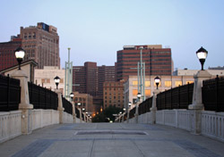 New York: Albany (Photo: iStockphoto/Denis Jr. Tangney)