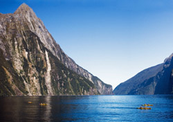 Kayakers in the Milford Sound of the South Island of New Zealand (Photo: David Mathies/iStockphoto.com)