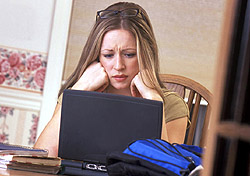 Frustrated with online shopping (Photo: Index Open)