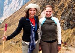 Molly and Jennifer Feltner on the Inca Trail (Photo: Molly Feltner)