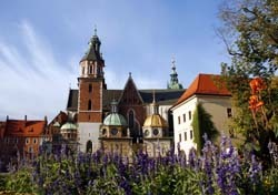 Krakow with Flowers in Bloom (Photo: Thinkstock/iStockphoto)