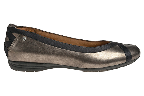 Cobb Hill Flats (Photo: Cobb Hill Shoes)