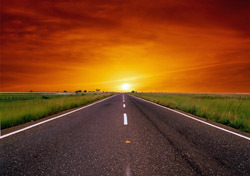 Road: Sunset at End of Road (Photo: Thinkstock/iStockphoto)
