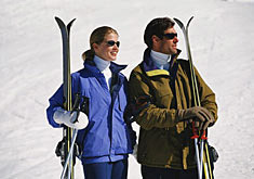 Couple on the ski slopes (Photo: PhotoDisc)