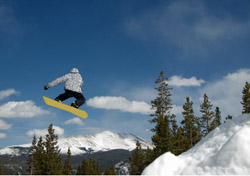 Snowboarder Jumping in Colorado (Photo: iStockPhoto/Michael Braun)