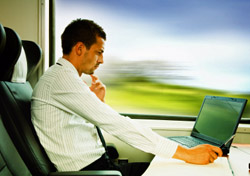 Train: Man working on laptop (Photo: iStockphoto/Tomas Bercic)