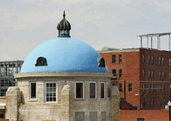 Oklahoma-Tulsa Blue Dome (Photo: iStockphoto/Jane Tyson)