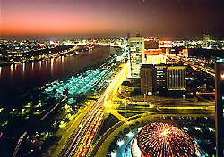 Dubai skyline at night (Photo: Government of Dubai, Department of Tourism and Commerce Marketing - http://www.dubaitourism.ae)