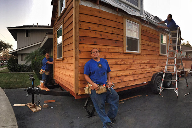 What It'S Really Like To Live And Travel In A Tiny House   Huffpost